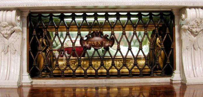 Ressources pour la catéchèse sur internet - Tombeau de Saint Pie X