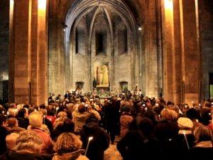 Littérature jeunesse - chandeleur, cierge à l'église