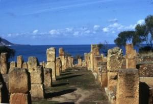 Histoire d'une jeune sainte d'Algérie - Tipaza - ruines du temple romain