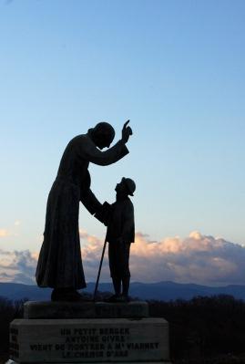 Vocation - Saint curé d'Ars montrant le chemin du ciel