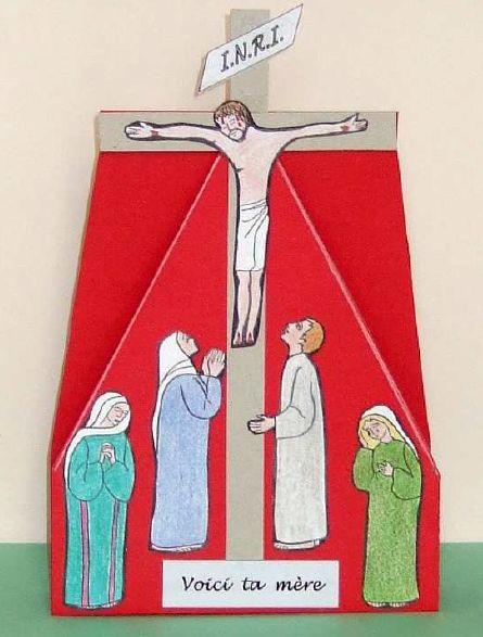 Travaux manuel du cate - Christ en croix