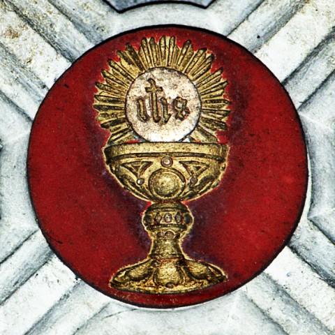 Ciboire et Eucharistie