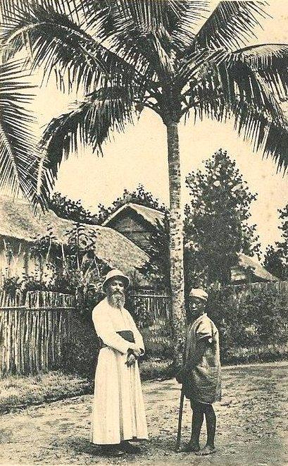 Missionnaire et son guide