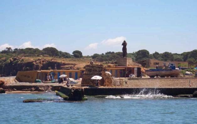 Sainte Salsa veillant sur le Port de Tipaza