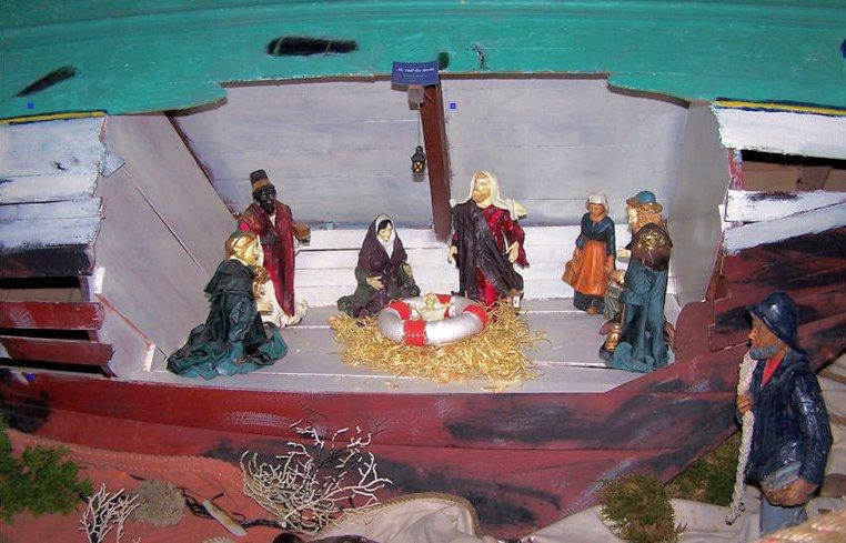 Crèche de Noël des Marins - Ex-voto, crèche dans une coque de bateau
