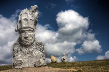 Saints patrons des villes et villages, des métiers.