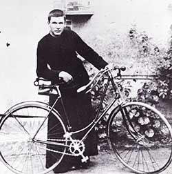Père Brottier vélo - Histoire à lire en ligne gratuite